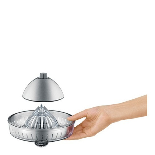 the Citrus Press™ Entsafter in Silber entsafter-kegel, der immer passt